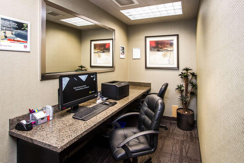 Conference Area - Comfort Suites East Kelowna