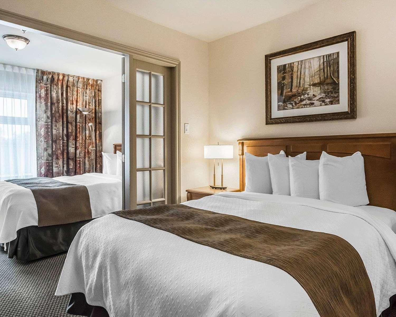 Room - Quality Suites Drummondville