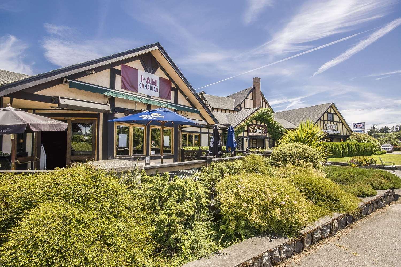 Exterior view - Quality Inn Waddling Dog Saanichton