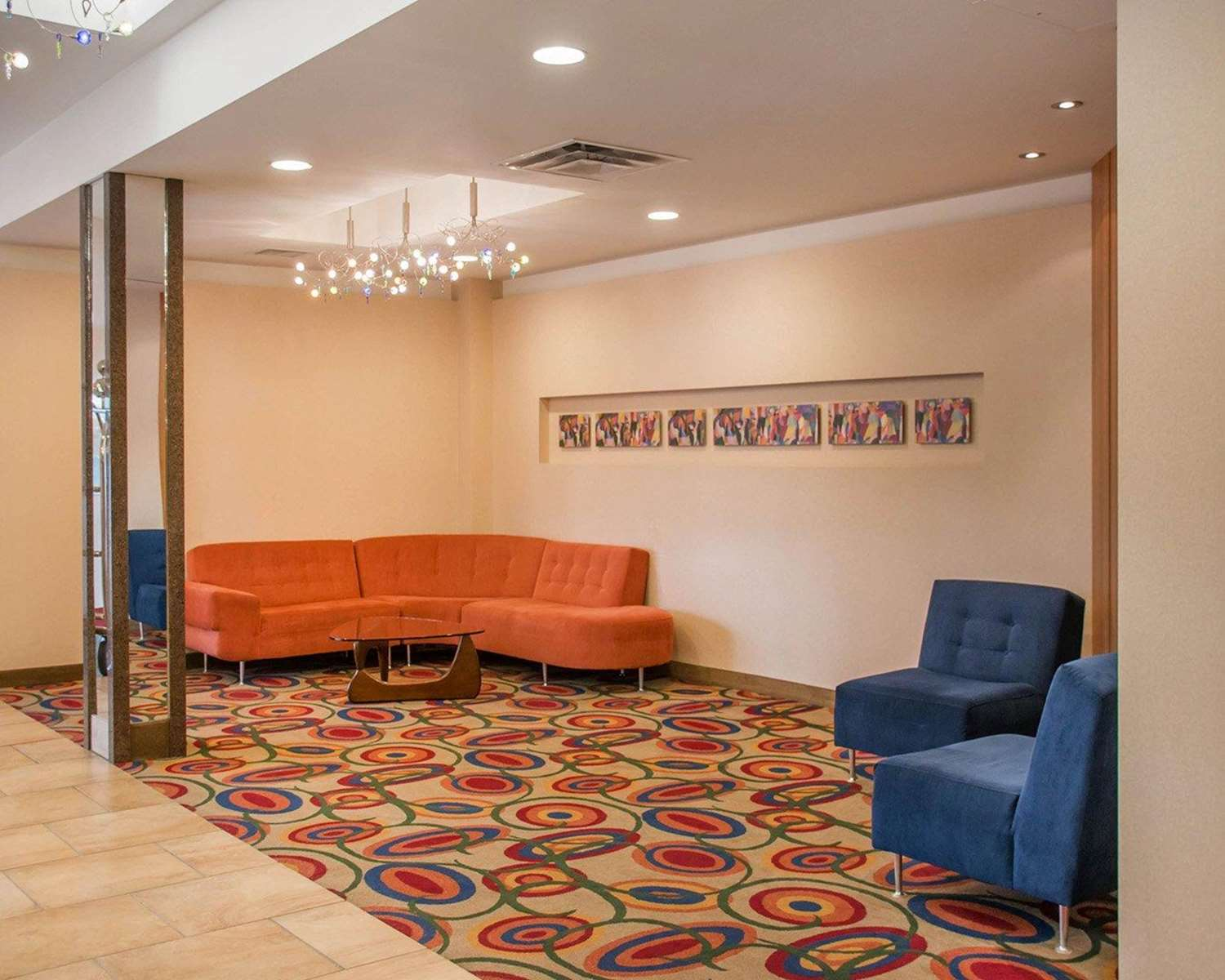 Lobby - Quality Inn Winnipeg