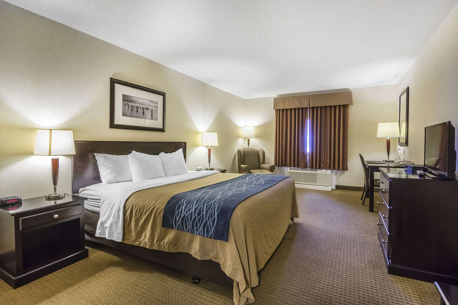 Room - Comfort Inn & Suites Edson