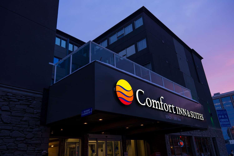 Exterior view - Comfort Inn & Suites Edmonton