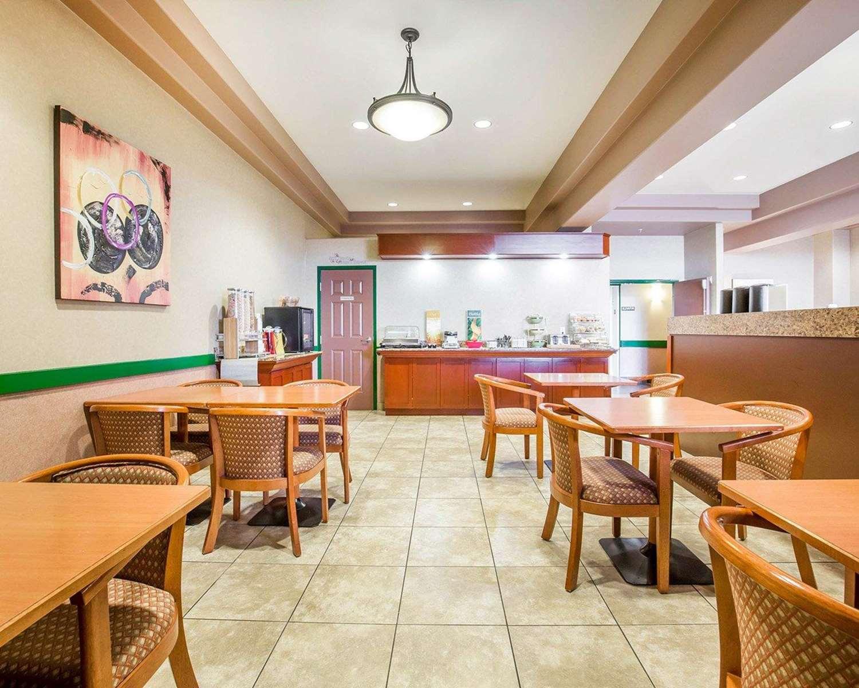 Restaurant - Quality Inn & Suites Lethbridge