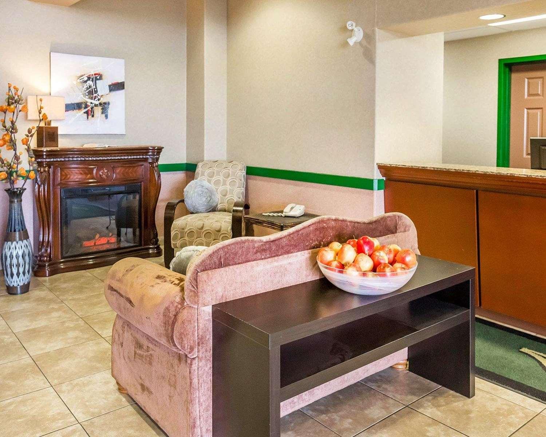Lobby - Quality Inn & Suites Lethbridge