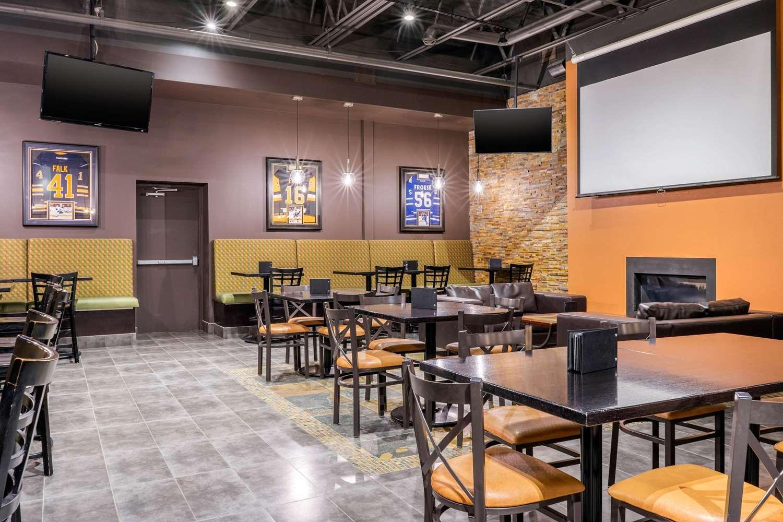 Restaurant - Quality Inn Winkler