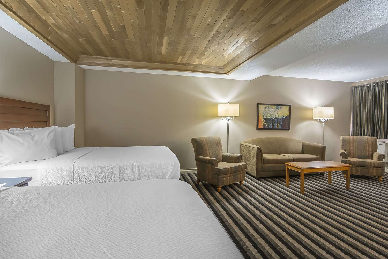 Room - Quality Inn West Edmonton