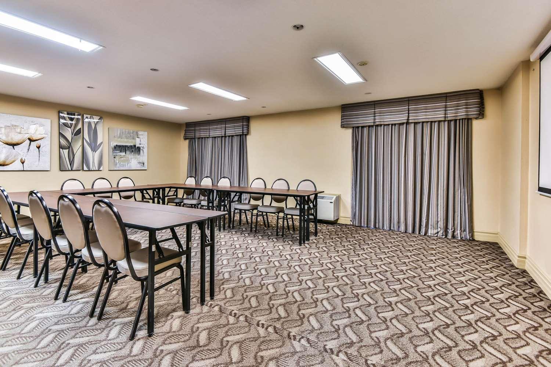 Meeting Facilities - Comfort Inn & Suites Ambassador Bridge Windsor