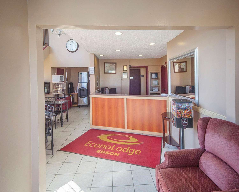Lobby - Econo Lodge Edson