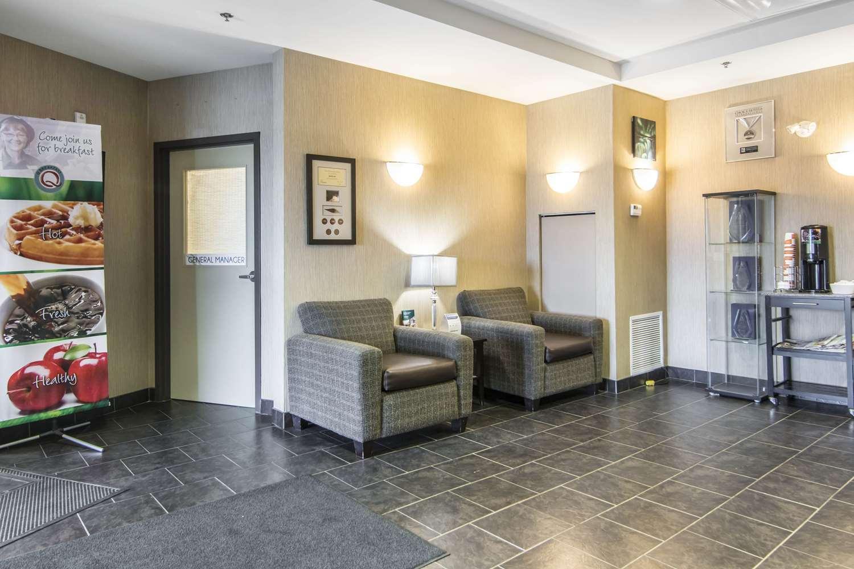 Lobby - Quality Inn & Suites Thompson