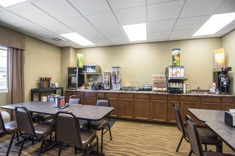 Restaurant - Quality Inn & Suites Thompson