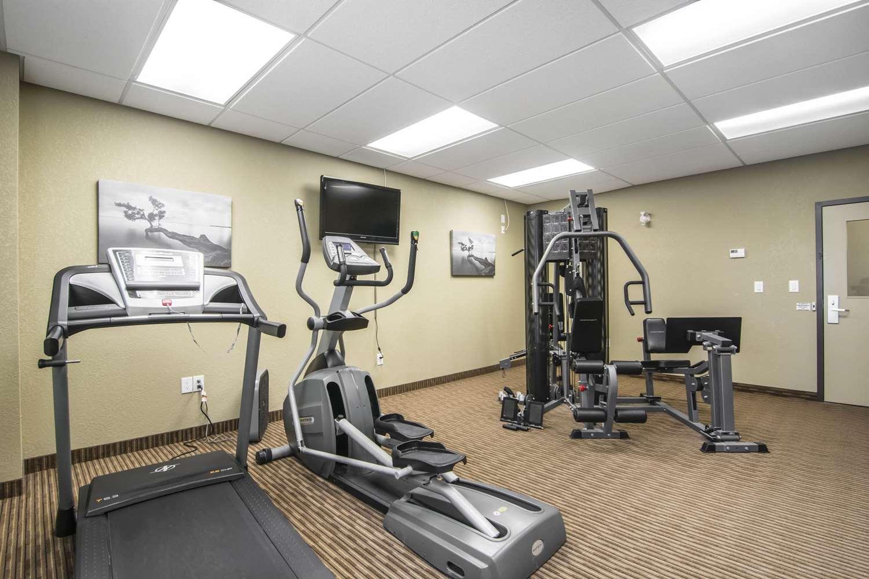 Fitness/ Exercise Room - Quality Inn & Suites Thompson