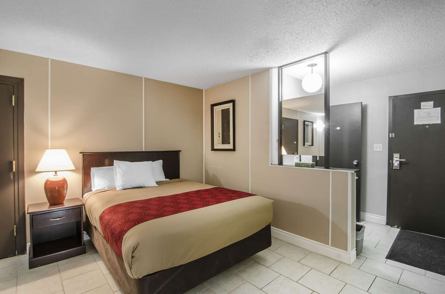 Room - Econo Lodge Lloydminster