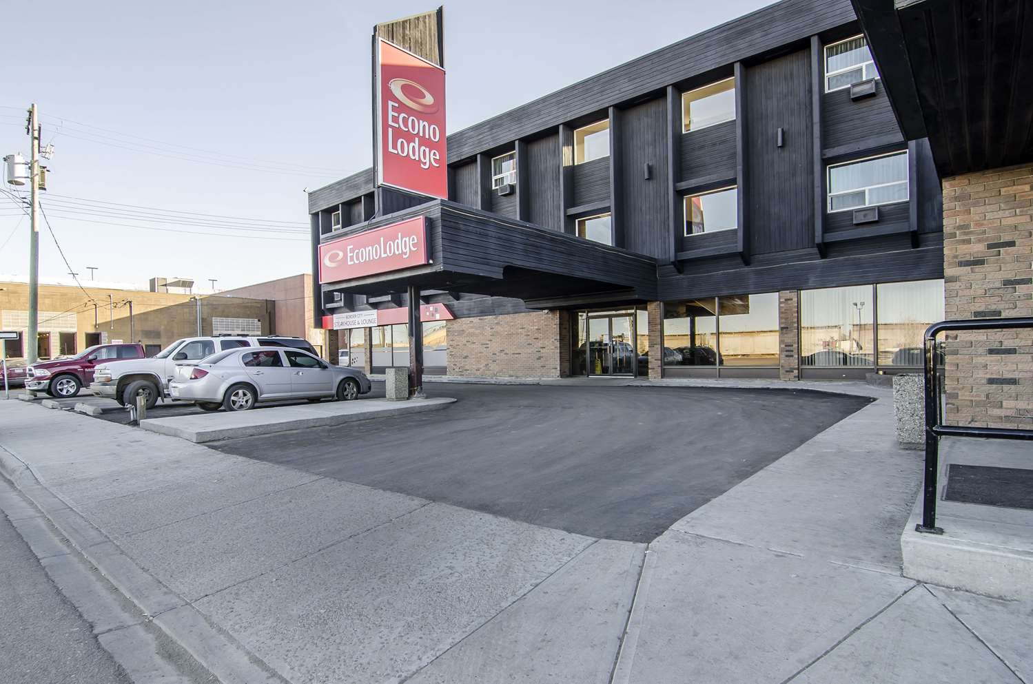 Exterior view - Econo Lodge Lloydminster