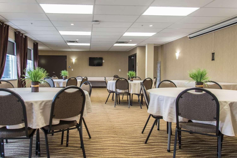 Meeting Facilities - MainStay Suites Winnipeg