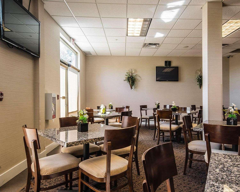 Restaurant - Comfort Inn & Suites Surrey