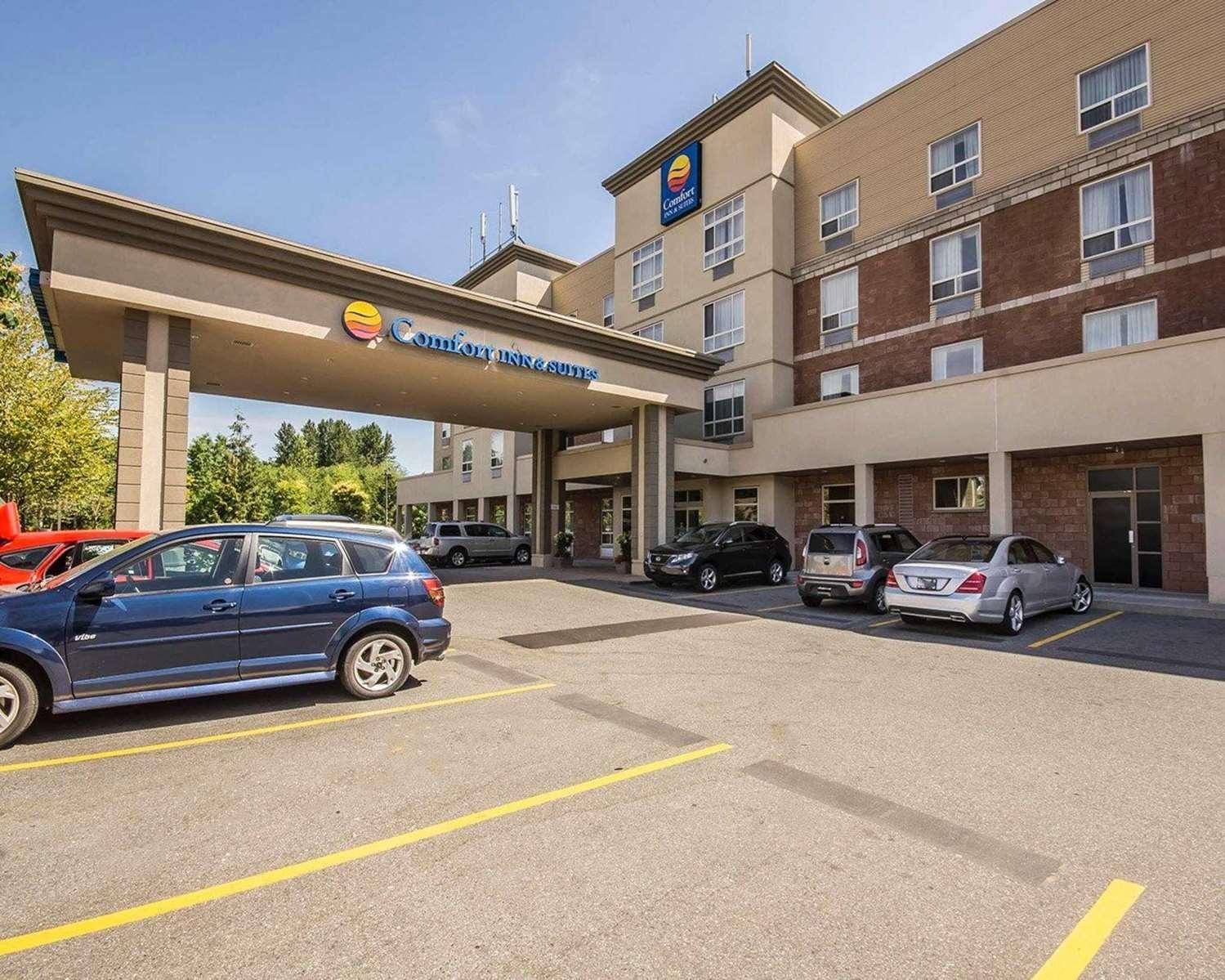 Exterior view - Comfort Inn & Suites Surrey