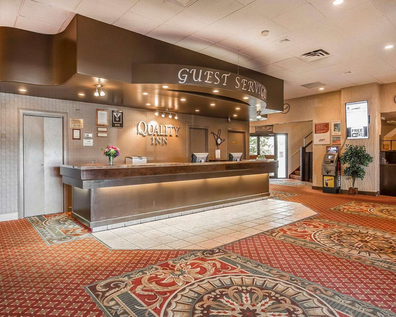 Lobby - Quality Inn North Hill Red Deer