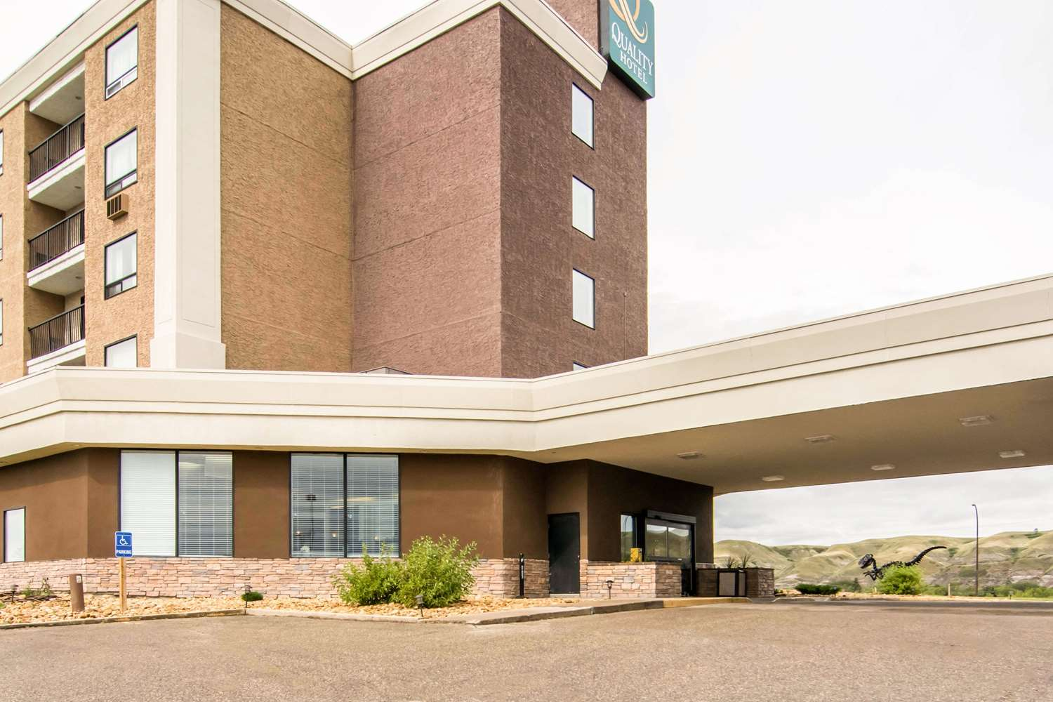 Exterior view - Quality Hotel Drumheller