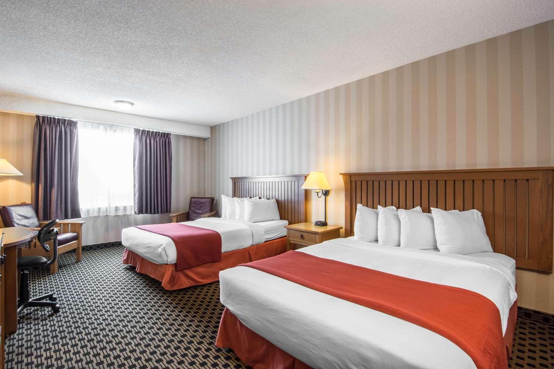 Room - Quality Hotel Drumheller