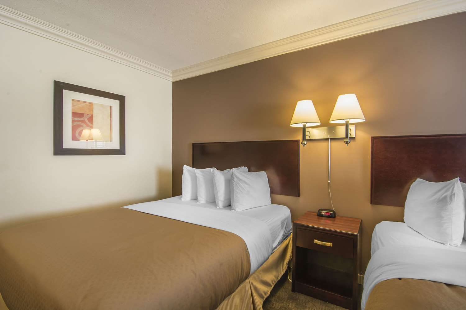 Room - Quality Inn & Suites High Level