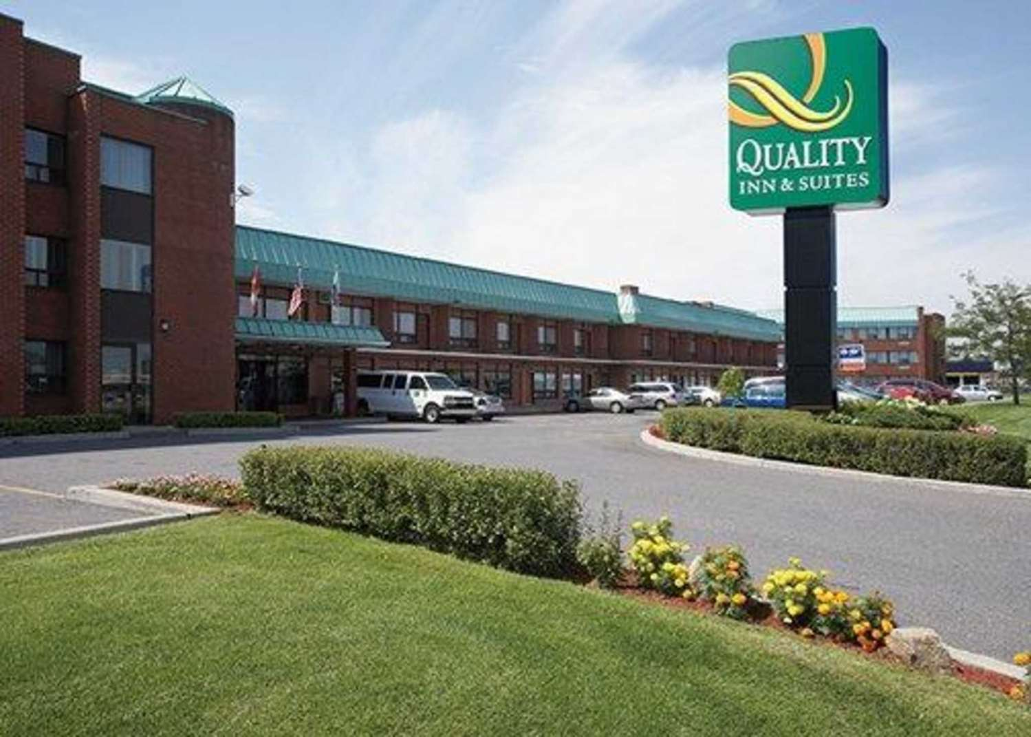 Exterior view - Quality Inn & Suites Montreal Airport Dorval