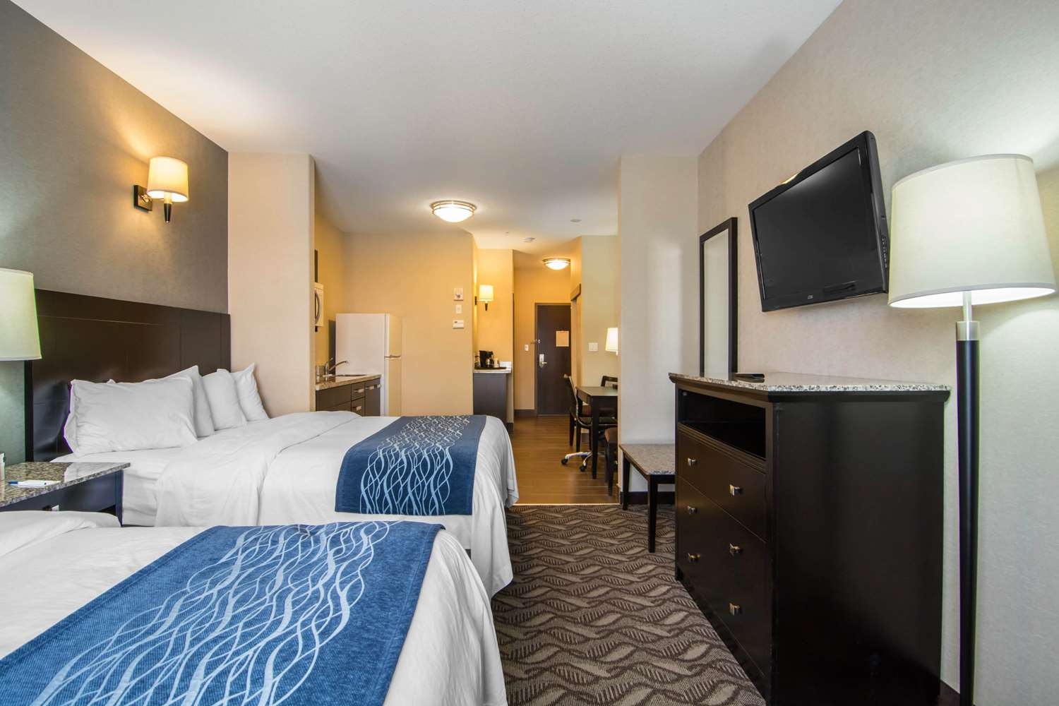 Suite - Comfort Inn & Suites Fort Saskatchewan