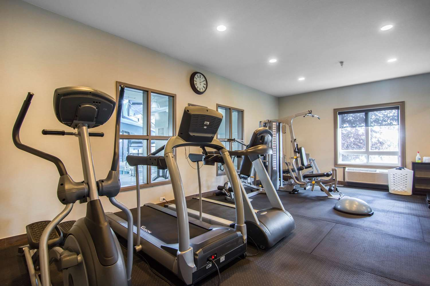 Fitness/ Exercise Room - Comfort Inn & Suites Fort Saskatchewan