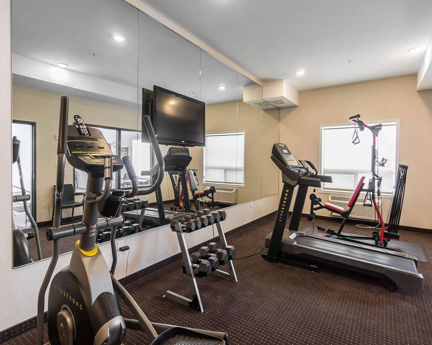 Fitness/ Exercise Room - Comfort Inn & Suites Fox Creek