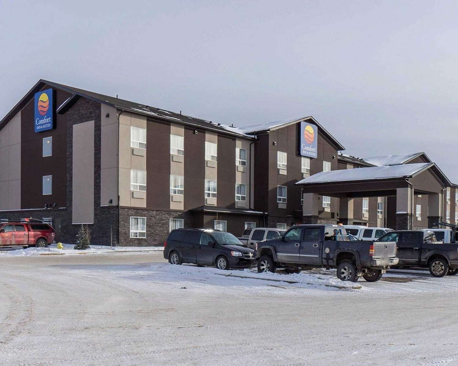Exterior view - Comfort Inn & Suites Fox Creek