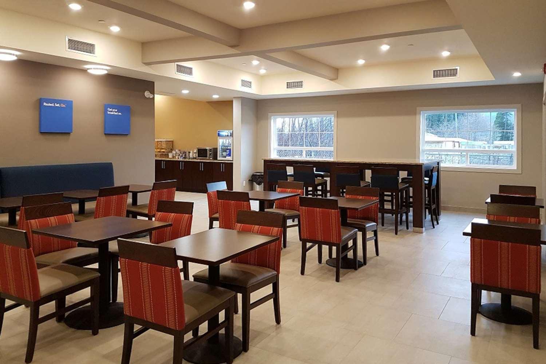 Restaurant - Comfort Inn & Suites Terrace