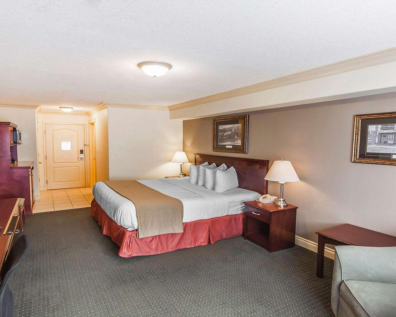 Room - Quality Inn & Suites Hinton