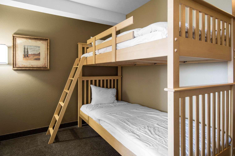Suite - Comfort Inn & Suites Langley