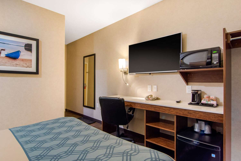 Room - Econo Lodge Fox Creek