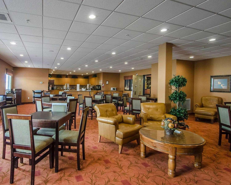 Restaurant - Quality Inn & Suites Grande Prairie