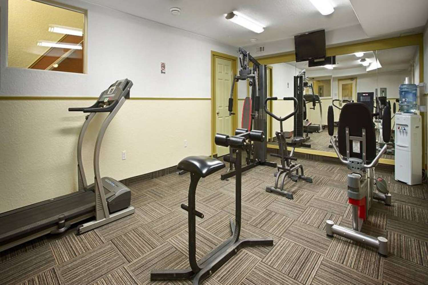 Fitness/ Exercise Room - Quality Inn & Suites Westlock