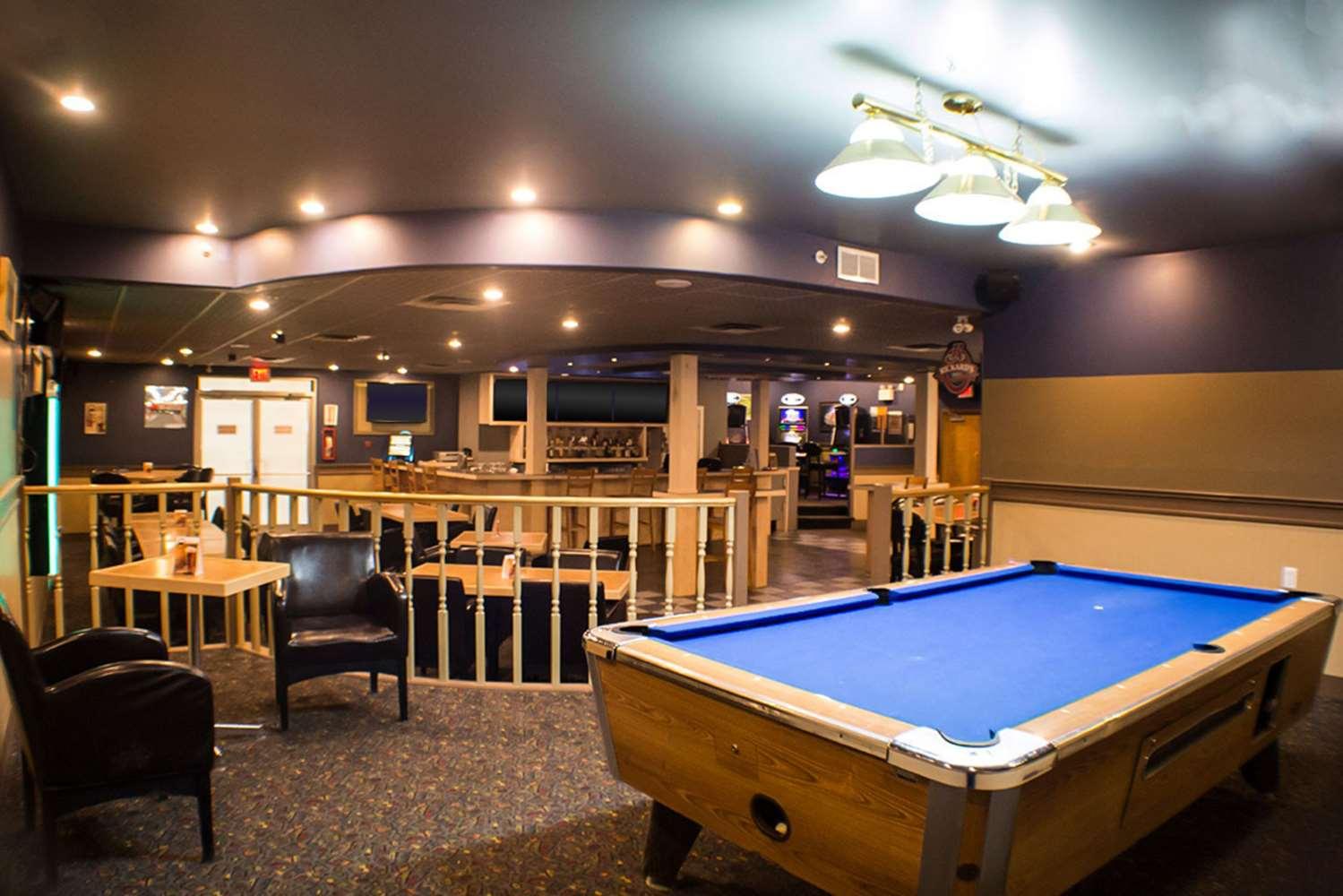 Restaurant - Quality Inn & Suites Westlock