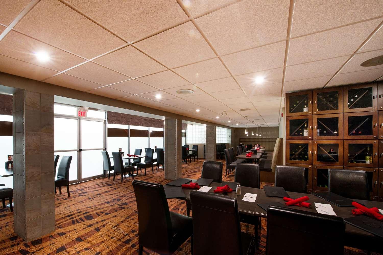 Restaurant - Clarion Hotel & Suites Brandon