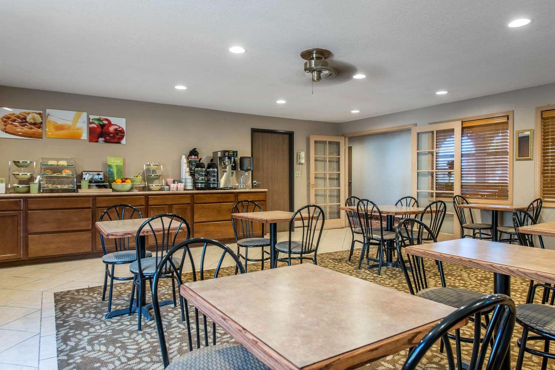 Restaurant - Quality Inn Burlington