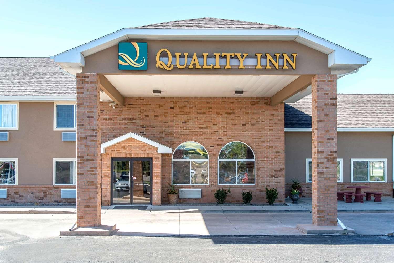 Exterior view - Quality Inn Burlington