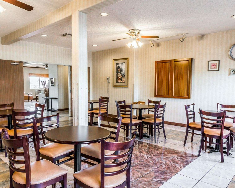 Restaurant - Quality Inn Brighton