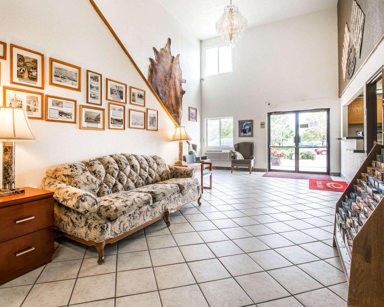 Lobby - Econo Lodge Canon City