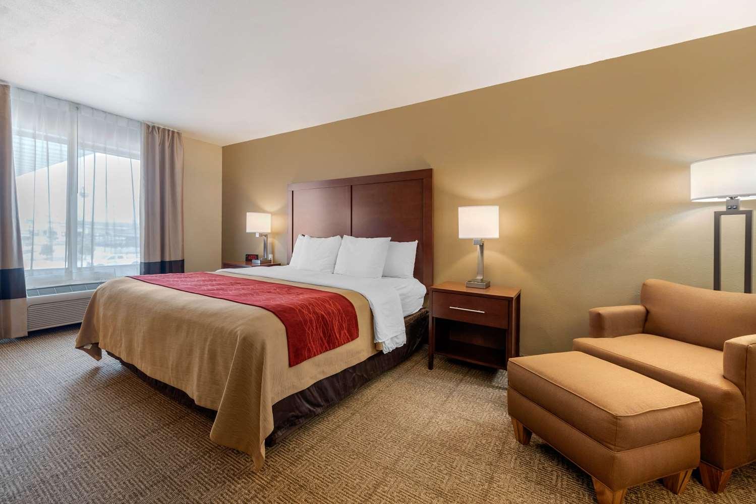 Suite - Comfort Inn Limon