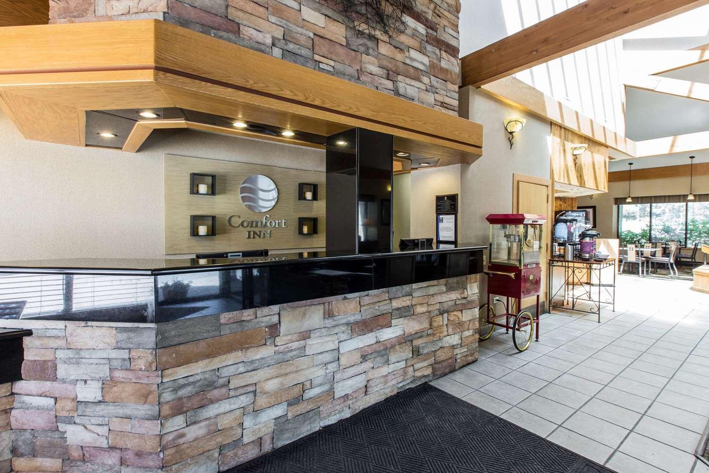 Lobby - Comfort Inn Avon