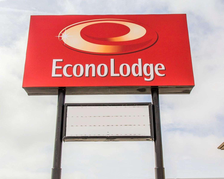 Exterior view - Econo Lodge Limon