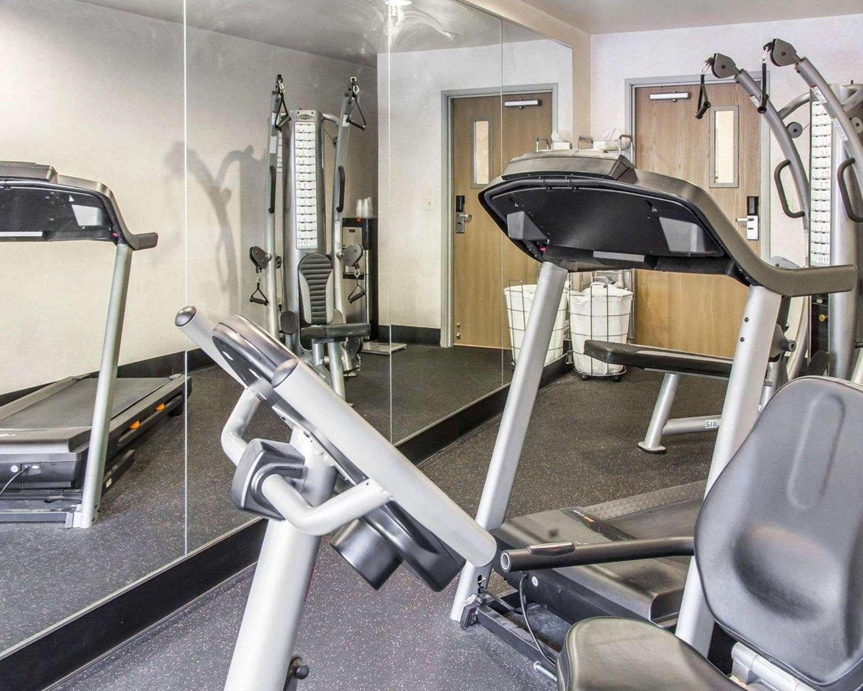 Fitness/ Exercise Room - Quality Inn Louisville