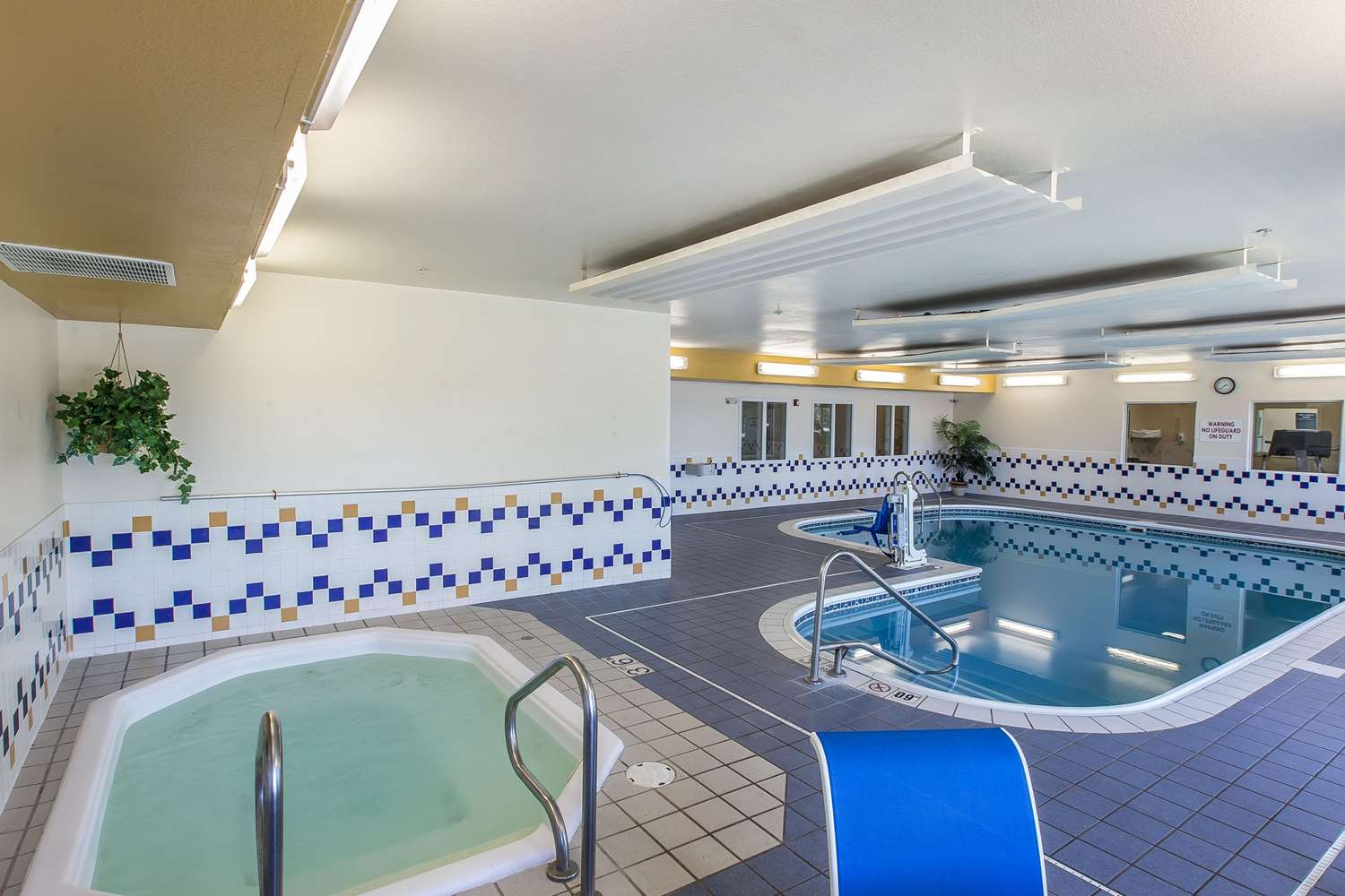 Pool - Quality Inn & Suites Loveland