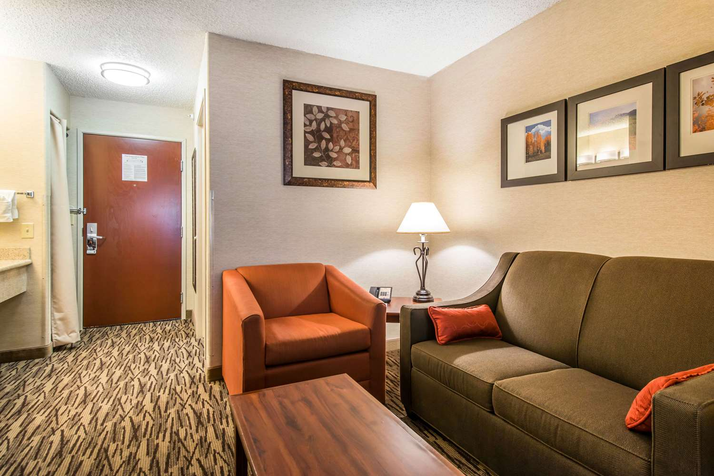 Suite - Comfort Suites Golden West on Evergreen Parkway