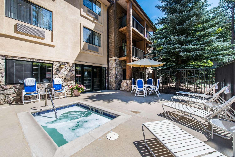 Pool - Comfort Suites Golden West on Evergreen Parkway