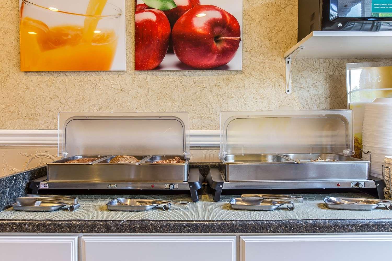 Restaurant - Quality Inn & Suites Glenwood Springs