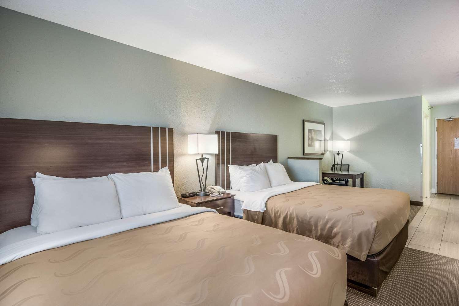 Suite - Quality Inn & Suites Pueblo West